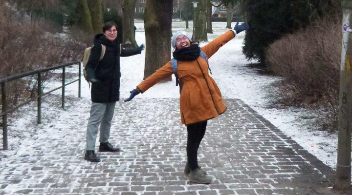 Von Manila nach Hamburg – April erlebt das erste Mal Schnee!